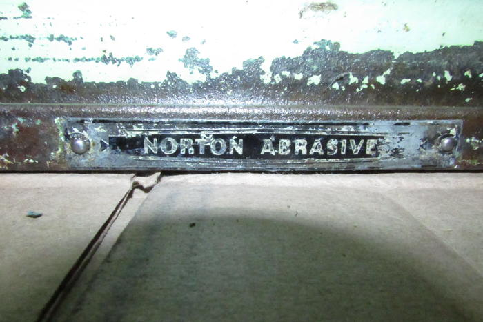 Name:  Norton Tri Stone 003.jpg Views: 281 Size:  53.2 KB