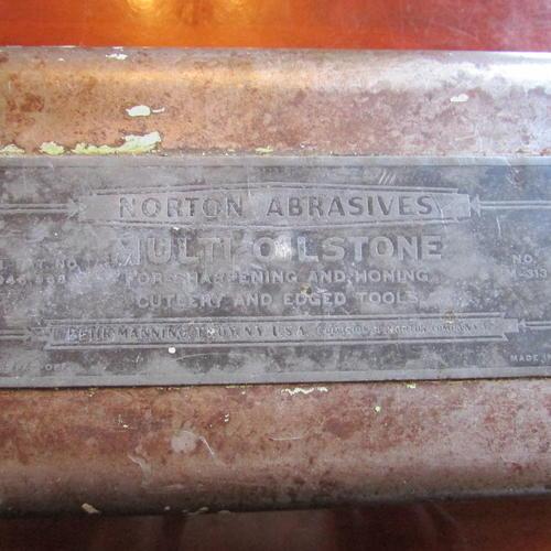 Name:  Norton Tri Stone-Oil Stones 003.jpg Views: 281 Size:  41.5 KB