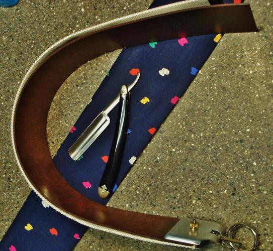 Name:  strop for sale 026.jpg Views: 326 Size:  56.9 KB